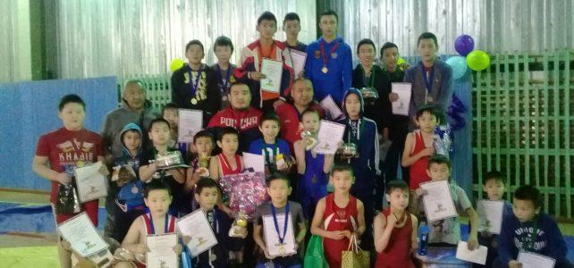 Районный турнир среди школьников по вольной борьбе